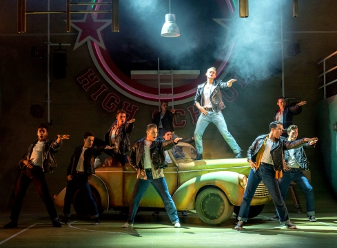 jonny-fines-as-kenickie-on-car-with-the-burger-palace-boys-grease-at-curve-leicester-photo-manuel-harlan
