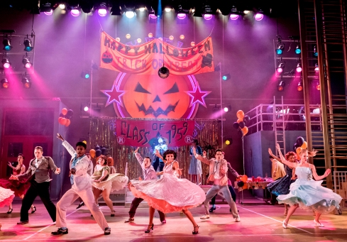 the-cast-of-grease-grease-at-curve-leicester-photo-manuel-harlan