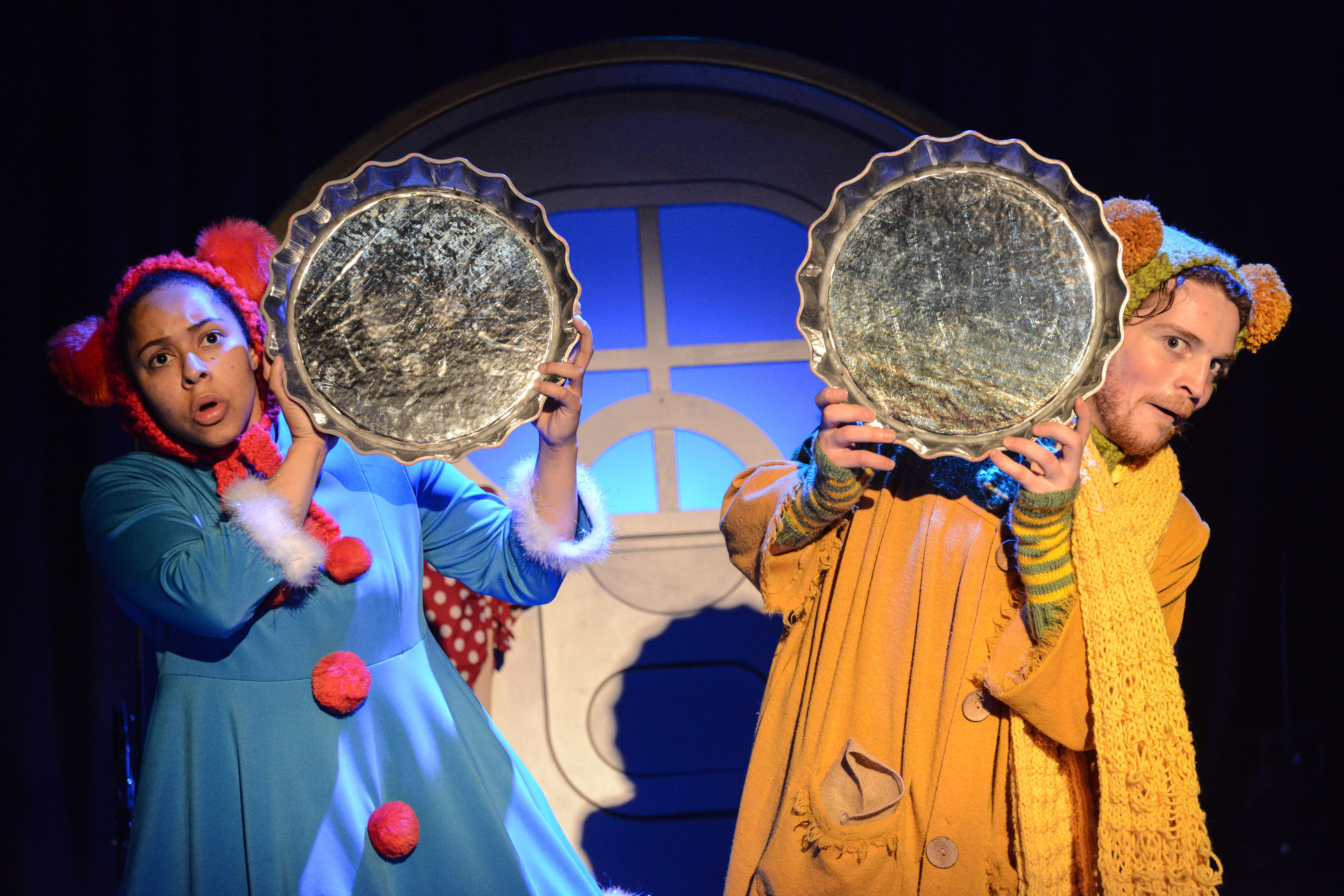 be58de0c71ac Town Mouse and Country Mouse encourages the children and adults in the  audience to join in and this reviewer loved scaring off the big cat with a  great deal ...